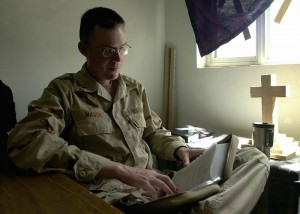Military_chaplain2