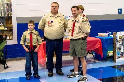 boy-scouts-recruiting-at-school