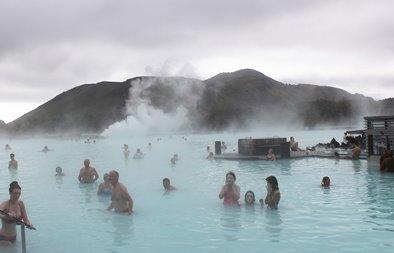 iceland-bath